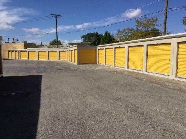 Life Storage - Chicago - 5860 North Pulaski Road 5860 North Pulaski Road Chicago, IL - Photo 0