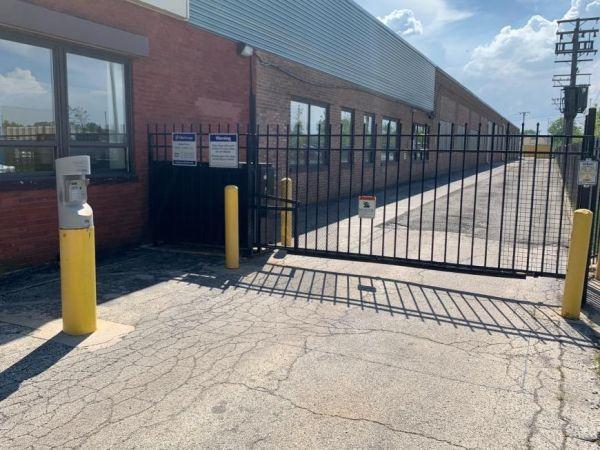 Life Storage - Chicago - 5860 North Pulaski Road 5860 North Pulaski Road Chicago, IL - Photo 8