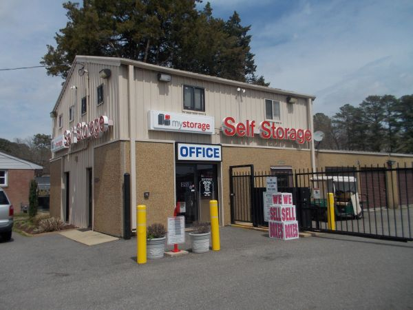 MyStorage - Newport News - 14750 Warwick Blvd 14750 Warwick Blvd Newport News, VA - Photo 3