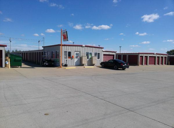 Troy Storage 104 Mcdonald Drive Troy, IL - Photo 0