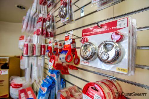 CubeSmart Self Storage - Chicago - 3402 N Kedzie Ave 3402 N Kedzie Ave Chicago, IL - Photo 6