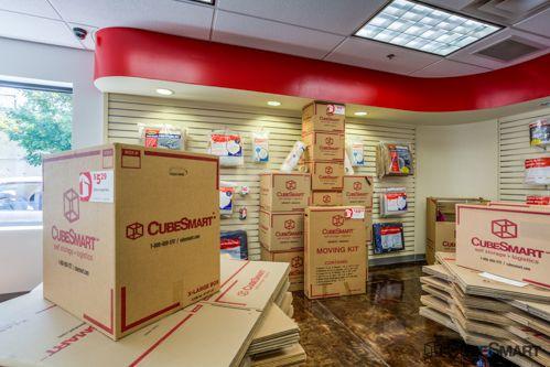 CubeSmart Self Storage - Chicago - 3402 N Kedzie Ave 3402 N Kedzie Ave Chicago, IL - Photo 7
