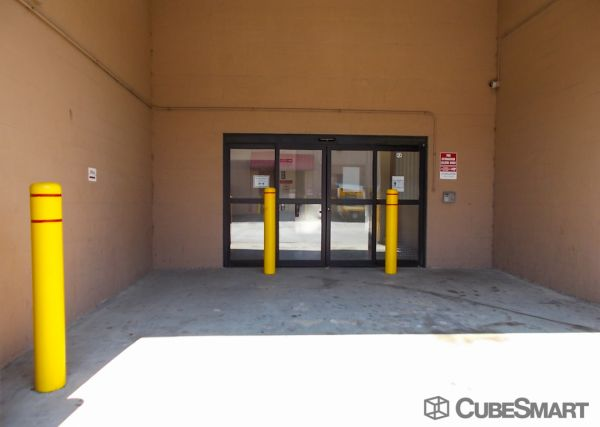 CubeSmart Self Storage - Chicago - 8312 S South Chicago Ave 8312 S South Chicago Ave Chicago, IL - Photo 7