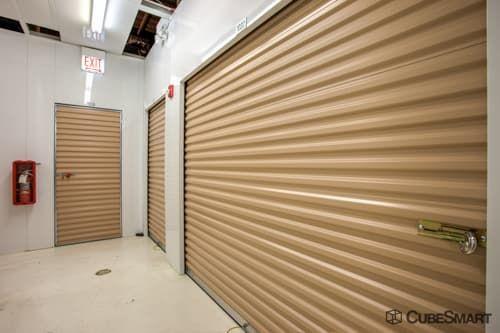 CubeSmart Self Storage - Maywood 101 S 1st Ave Maywood, IL - Photo 7