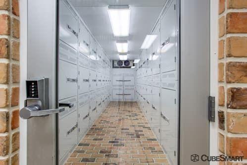CubeSmart Self Storage - Dallas - 2711 Cedar Springs Road 2711 Cedar Springs Road Dallas, TX - Photo 10
