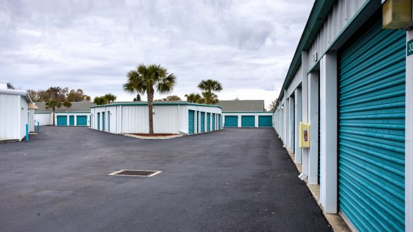 Super Storage at Haines Rd 5447 Haines Rd N St Petersburg, FL - Photo 3