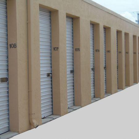 Safeway Storage & Warehouse 709 Commerce Way Jupiter, FL - Photo 3