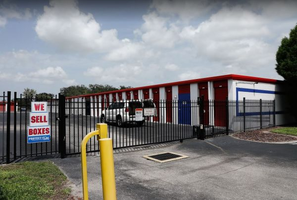 Storage Rentals of America - Riverview 13414 Lincoln Road Riverview, FL - Photo 1