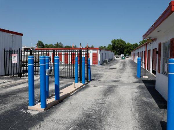 Storage Rentals of America - Hobe Sound - 8705 Southeast Federal Highway 8705 Southeast Federal Highway Hobe Sound, FL - Photo 2
