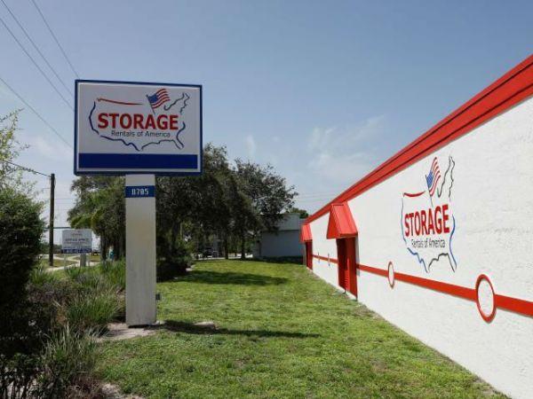 Storage Rentals of America - Hobe Sound - 8705 Southeast Federal Highway 8705 Southeast Federal Highway Hobe Sound, FL - Photo 1