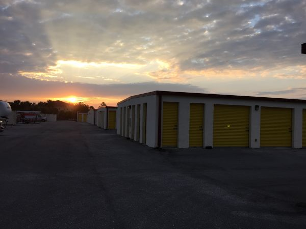 Attirant ... Storage Rentals Of America   Lehigh Acres1124 Village Lakes Boulevard   Lehigh  Acres, ...