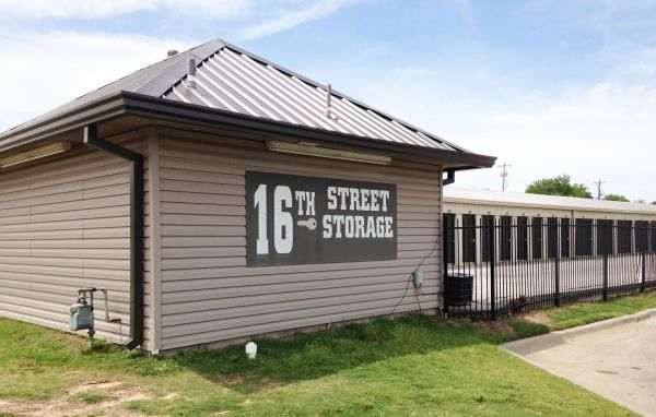 16th Street Storage 4515 Northwest 16th Street Oklahoma City, OK - Photo 3
