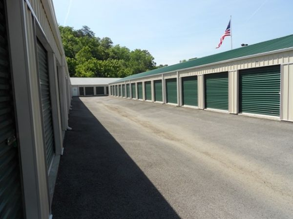 Storage Rentals of America - Willard 730 East Tiffin Street Willard, OH - Photo 6