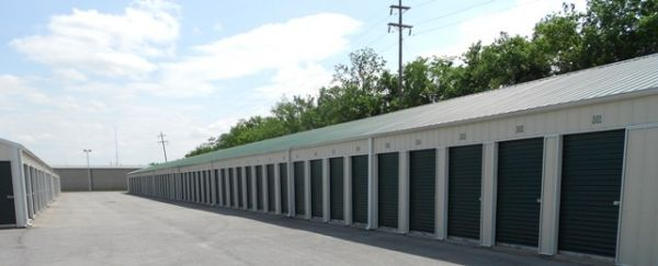 Storage Rentals of America - Ashland 6800 Midland Trail Road Ashland, KY - Photo 1