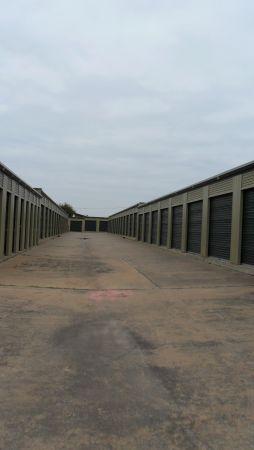 StowAway Storage - 2051 Lohmans Spur 2051 Lohmans Spur Lakeway, TX - Photo 0