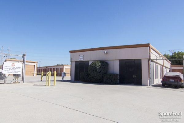 Lockbox Storage 2304 N Interstate 35e Carrollton, TX - Photo 1