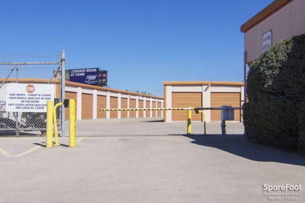 Lockbox Storage 2304 N Interstate 35e Carrollton, TX - Photo 2