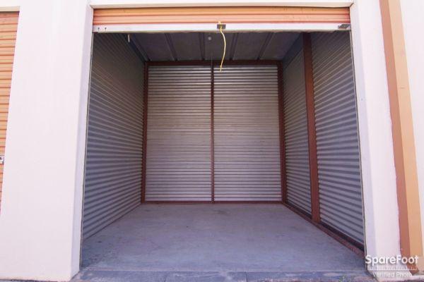 Lockbox Storage 2304 N Interstate 35e Carrollton, TX - Photo 6