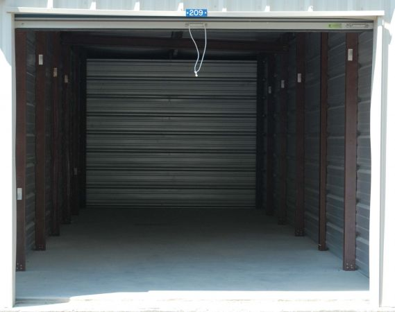 Sentinel Self Storage - North Dover 6080 N Dupont Hwy Dover, DE - Photo 4