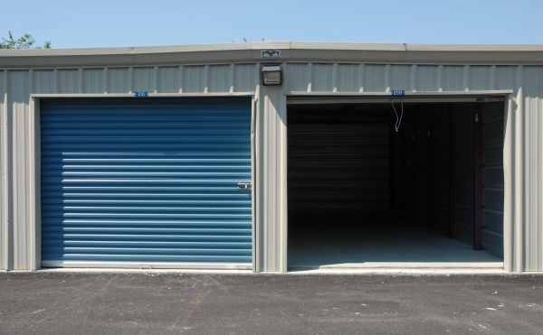 Sentinel Self Storage - Middletown 504 Industrial Rd Middletown, DE - Photo 2