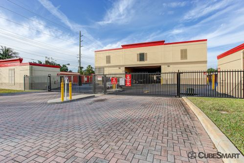 CubeSmart Self Storage - Lake Worth - 1900 6th Ave S 1900 6th Ave S Lake Worth, FL - Photo 3