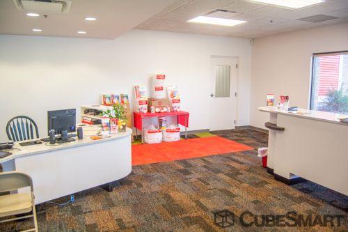 CubeSmart Self Storage - Oak Forest 4325 Frontage Road Oak Forest, IL - Photo 4