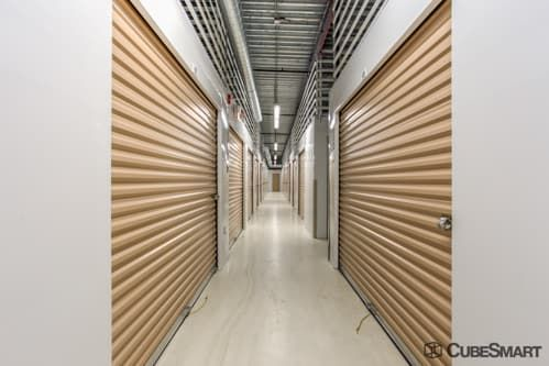 CubeSmart Self Storage - Blue Island 12400 Western Avenue Blue Island, IL - Photo 6