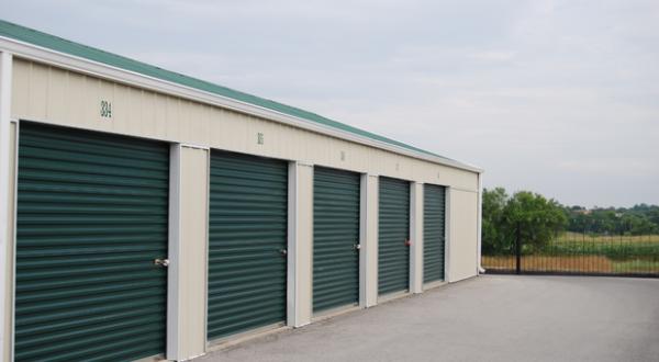 Storage Rentals of America - Lawrenceburg 1060 Commerce Way Lawrenceburg, KY - Photo 2