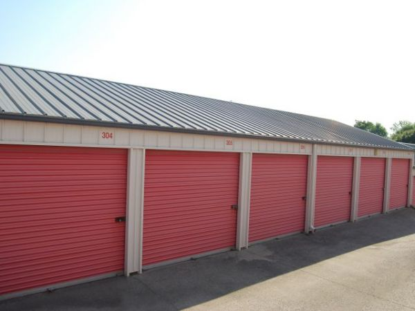 Storage Rentals of America - Winchester - 4100 Rockwell Rd 4100 Rockwell Rd Winchester, KY - Photo 2
