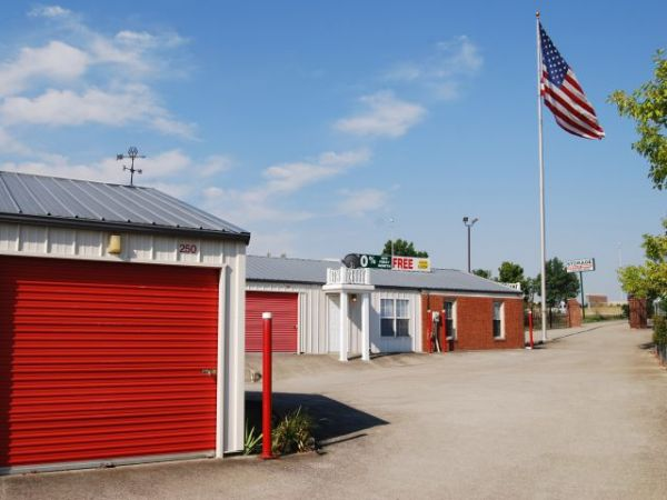 Storage Rentals of America - Winchester - 4100 Rockwell Rd 4100 Rockwell Rd Winchester, KY - Photo 3