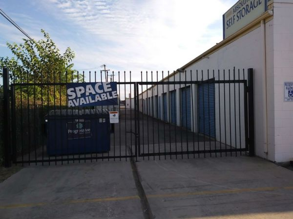 Absolute Self Storage 8125 Maddox Street Dallas, TX - Photo 5