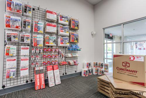 CubeSmart Self Storage - Saint Charles 2661 Veterans Memorial Parkway Saint Charles, MO - Photo 2
