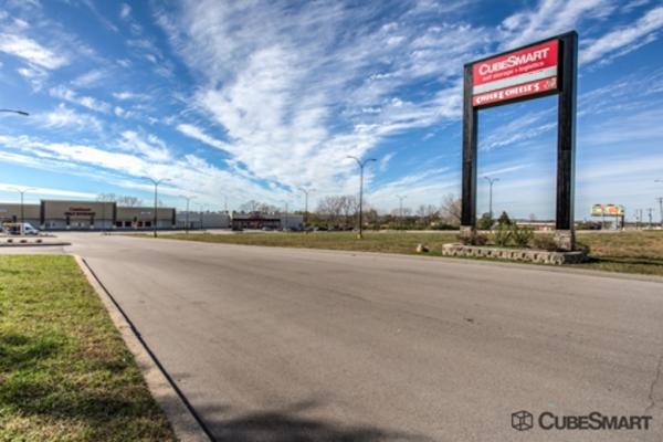 CubeSmart Self Storage - Saint Charles 2661 Veterans Memorial Parkway Saint Charles, MO - Photo 0