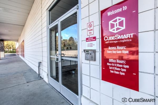 CubeSmart Self Storage - Saint Charles 2661 Veterans Memorial Parkway Saint Charles, MO - Photo 3