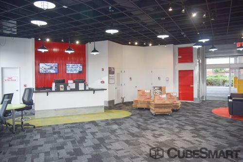 CubeSmart Self Storage - Flushing 41-06 Delong Street Flushing, NY - Photo 5