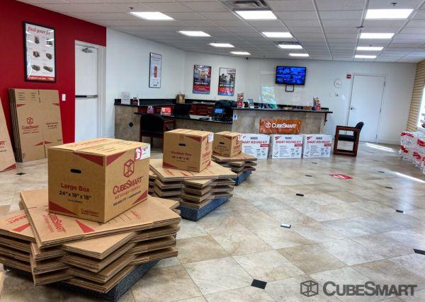 CubeSmart Self Storage - Boynton Beach - 7960 Venture Center Way 7960 VENTURE CENTER WAY Boynton Beach, FL - Photo 2