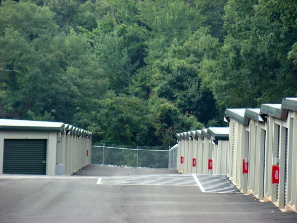 AAA Self Storage - Greensboro - W Friendly Ave. 5501 West Friendly Avenue Greensboro, NC - Photo 4