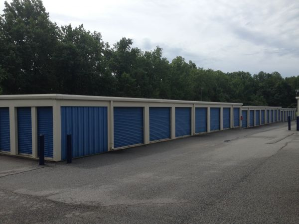 AAA Self Storage - Greensboro - W Market St. 5019 W Market St Greensboro, NC - Photo 2