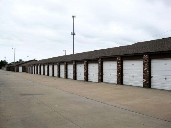 MaxSecure Storage - W Douglas Ave 3540 W Douglas Ave Wichita, KS - Photo 2