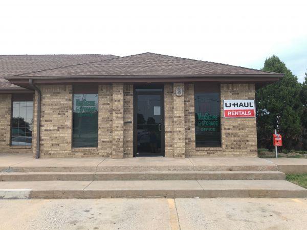MaxSecure Storage - W Douglas Ave 3540 W Douglas Ave Wichita, KS - Photo 4