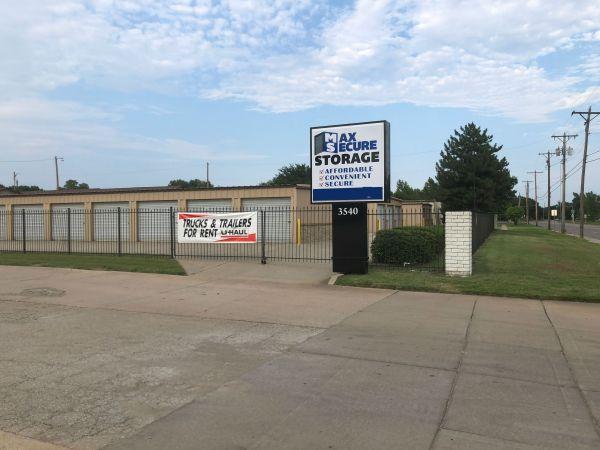 MaxSecure Storage - W Douglas Ave 3540 W Douglas Ave Wichita, KS - Photo 0