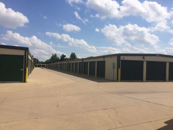 MaxSecure Storage - E 13th St 4929 East 13th Street North Wichita, KS - Photo 4