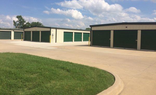 MaxSecure Storage - E 13th St 4929 East 13th Street North Wichita, KS - Photo 3