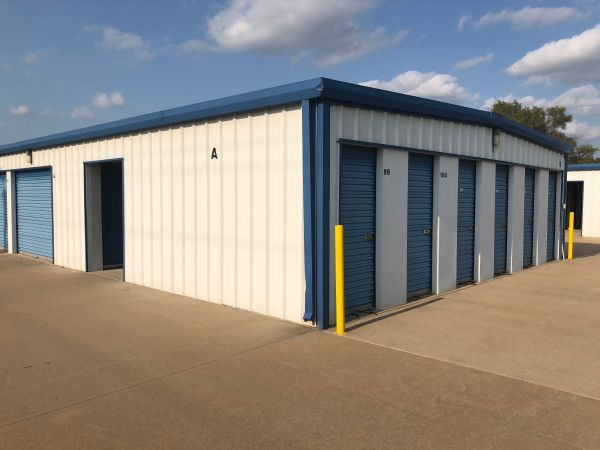 MaxSecure Storage - W 44th St 3950 West 44th Street South Wichita, KS - Photo 3