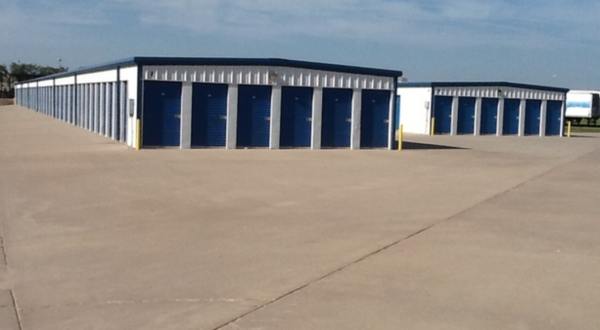 MaxSecure Storage - 3360 S Hydraulic St 3360 South Hydraulic Street Wichita, KS - Photo 1