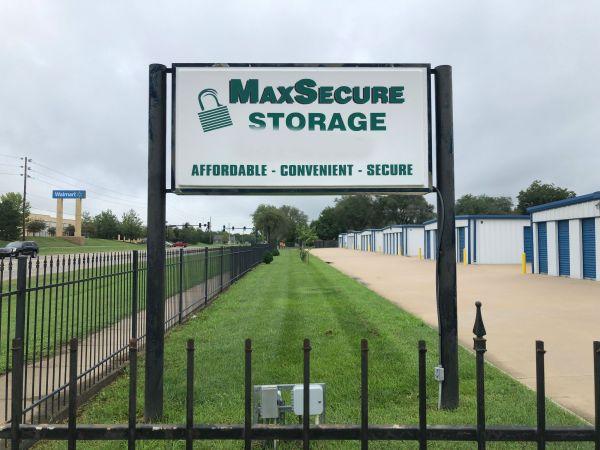 MaxSecure Storage - North Meridian 5424 North Meridian Avenue Wichita, KS - Photo 0