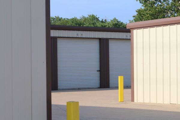 MaxSecure Storage - 5152 S Hydraulic St 5152 S Hydraulic St Wichita, KS - Photo 2