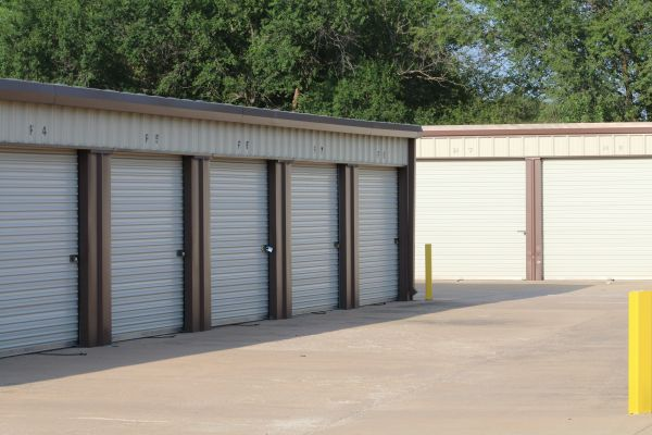 MaxSecure Storage - 5152 S Hydraulic St 5152 S Hydraulic St Wichita, KS - Photo 1