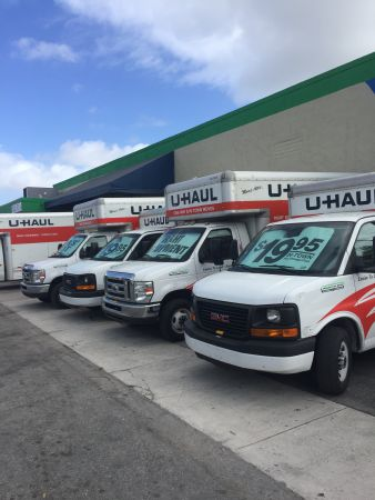 ... 21st Century Storage And UHaul   Miami200 NW 79th St   Miami, FL    Photo ...