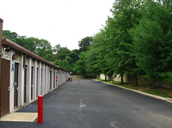 Huntingdon Self Storage 2080 Lieberman Drive  Huntingdon Valley, PA - Photo 2